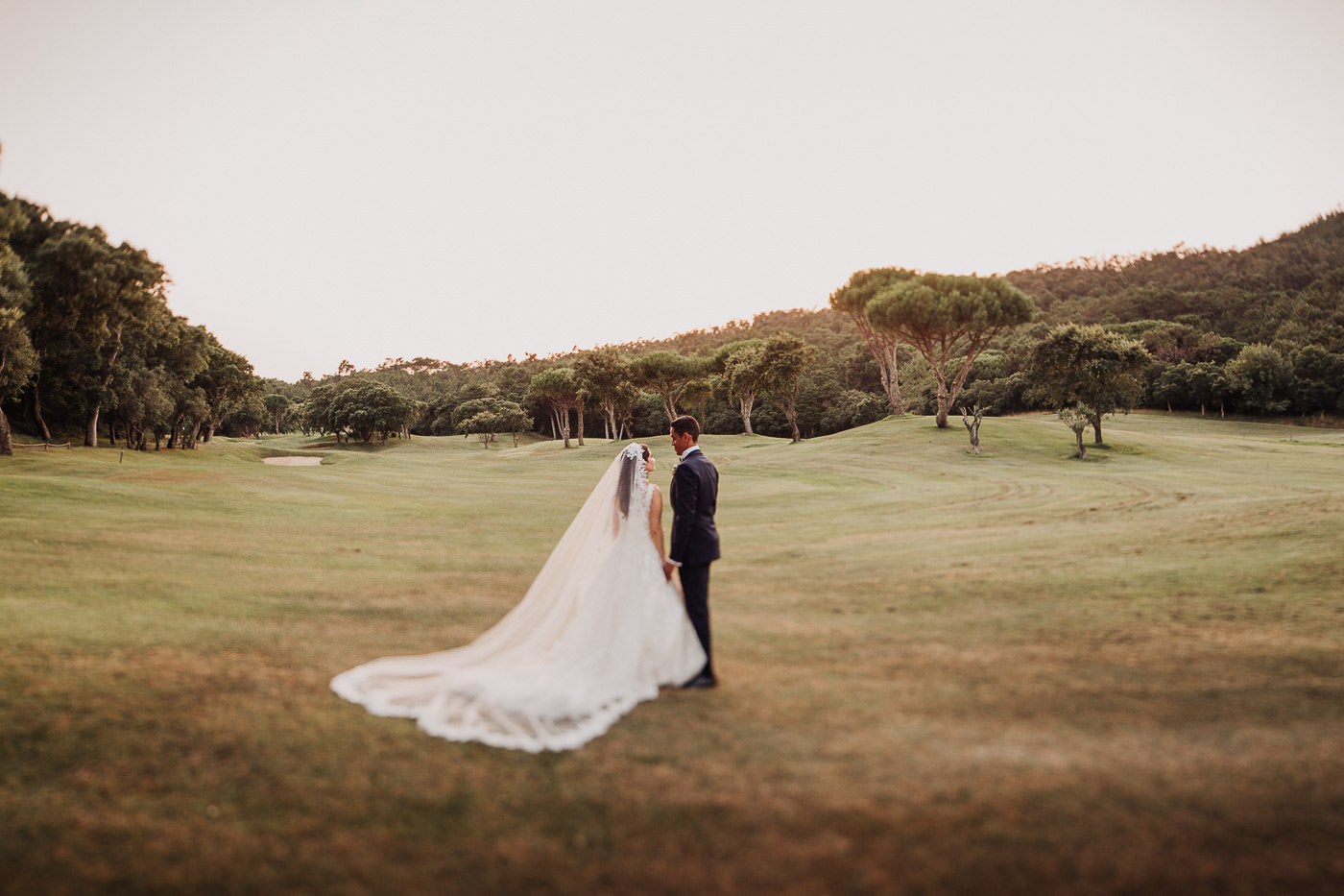 bride-groom_penha-longa-resort_sintra_arabic-wedding_sunset_documentary-wedding-photography